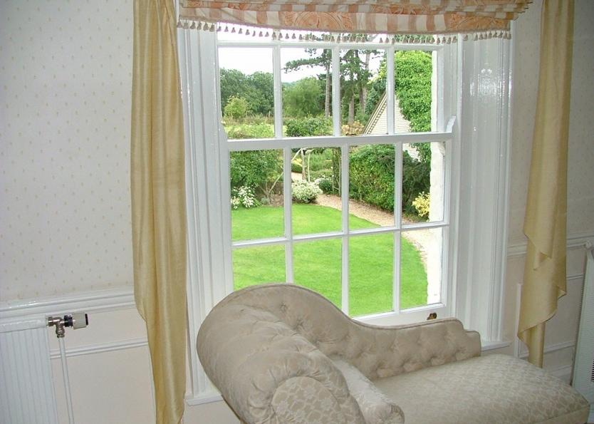 Esseborne Manor Hotel - Deluxe Bedroom